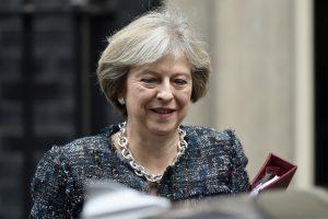 """Britanijos premjerė ES lyderiams atskleis pirmąsias """"Brexit"""" detales"""