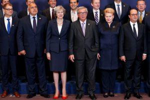 """F. Hollande'as: Britanijai būtų sunku derėtis dėl kieto """"Brexit"""""""