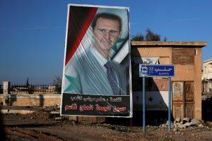 Keli europarlamentarai su Rusijos senatoriais aplankė Sirijos prezidentą