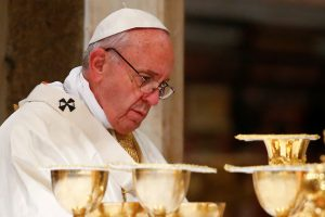Popiežius perspėja apie populizmą ir Hitlerio tipo gelbėtojus