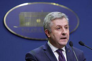 Po masinių protestų atsistatydina Rumunijos teisingumo ministras