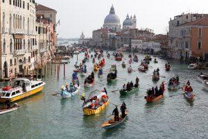 Nuo Venecijos iki Rio – karnavalų siautulys