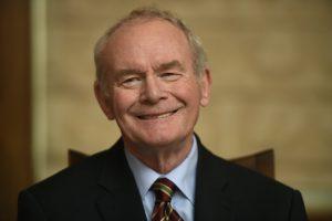 Mirė buvęs įtakingas Šiaurės Airijos politikas M. McGuinnessas