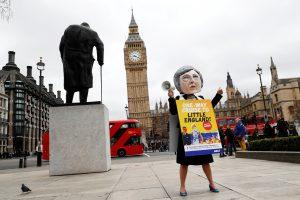 Britanijai pradedant skyrybas ES žada vienybę