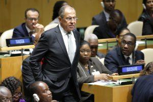 S. Lavrovas pasišaipė iš klausimo apie JAV pagalbą Švedijai