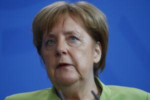 A. Merkel: Europa nebegali tikėtis, kad JAV ją apsaugos