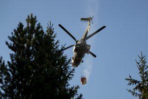 Ugniagesiams nepavyksta lokalizuoti gaisro Vakarų Latvijoje