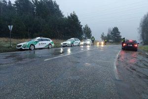 Kauno pareigūnai patikrino 235 vairuotojus: kokie pažeidimai nustatyti?