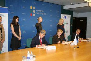 Lietuva daugiabučių renovaciją skatins ir privačių investuotojų lėšomis