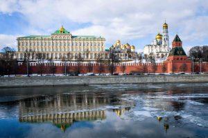 """Rusijoje išdalyti nacionaliniai kino apdovanojimai """"Nika"""""""