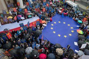 Lenkija mato nesutarimų su ES pabaigą