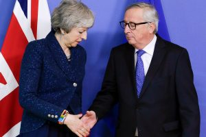 """Britanija ir ES susitarė surengti daugiau derybų """"Brexit"""" klausimais"""