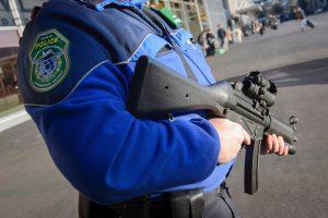 Šveicarijoje užpuolikas sužeidė du policininkus ir nusižudė