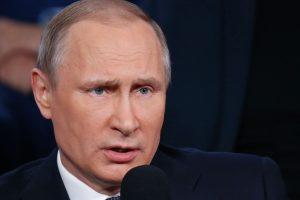 V. Putinas: JAV smūgis Sirijos oro pajėgų bazei – tarptautinės teisės pažeidimas