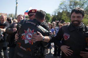 """Rusijos """"Naktiniai vilkai"""" atvyko į Vokietiją paminėti Pergalės dienos"""