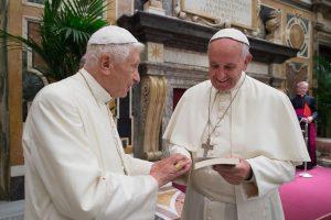 Popiežius Pranciškus: Benedikto XVI protas tebėra aštrus