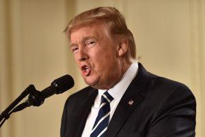D. Tuskas perspėja: D. Trumpo politika kelia grėsmę ES