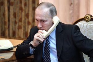 V. Putinas su E. Macronu aptarė dvišalių ryšių stiprinimą