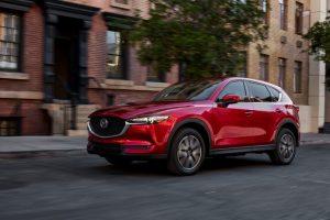 """Penkiems """"Mazda"""" modeliams – aukščiausi saugumo įvertinimai"""