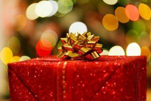 Lietuviai perima vakarietiškus įpročius: kas penktas grąžino kalėdinę dovaną