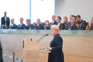D. Grybauskaitės metinį pranešimą įvertino politikai