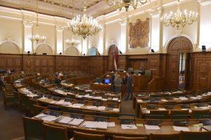 Latvių parlamentarai nepritarė pasiūlymui įvesti privalomą švietimą nuo šešerių metų