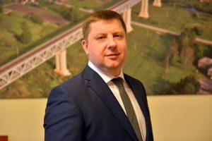 """""""Lietuvos geležinkelių"""" Krovinių direkcijos vadovu tapo E. Lazauskas"""