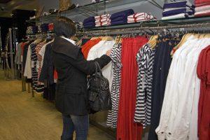 Drabužių ir avalynės kainos Lietuvoje lenkia ES vidurkį