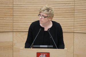 Seimo komitetas: valstybės įmonės privalo paviešinti skirtą paramą