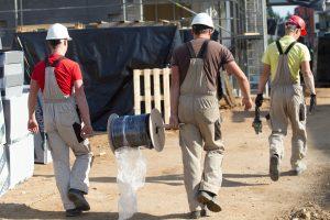 A. Avulis: statybos inžinieriams – atlyginimas iki 3000 eurų