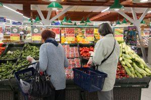 Diegs naujoves: prekybos tinklai efektyvina apsipirkimą parduotuvėse
