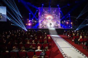 """""""Sidabrinės gervės"""" apdovanojimai: paaiškėjo vedėjai ir muzikinė programa"""