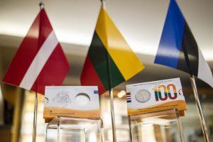 Šimtmečiui skirtą monetą išleido trys Baltijos valstybės