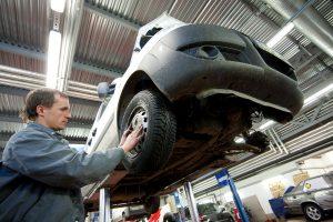 Dauguma vairuotojų automobilio remontui kasmet išleidžia iki 500 eurų