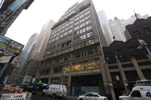 Naujųjų metų išvakarėse Niujorko vagys išnešė papuošalų už 6 mln. dolerių