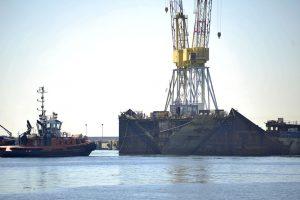 """Išardyti katastrofą patyrusio laivo """"Costa Concordia"""" likučiai"""