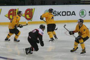 Lemtinga diena ledo ritulininkams – Lietuva gali tapti diviziono čempione