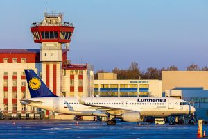 Skrydžiai iš Lietuvos oro uostų po visą pasaulį – misija įmanoma?