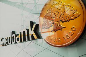 """""""Swedbank"""" pelnas pernai išaugo iki 112 mln. eurų"""