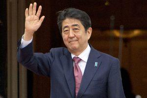 Japonijos premjeras gegužę atvyks į Rusiją
