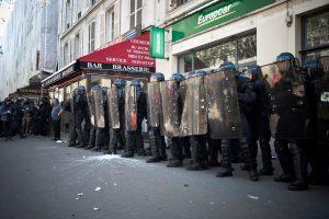 Paryžiuje ir Stambule policija Gegužės 1-ąją panaudojo ašarines dujas