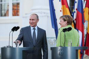 """Vokietija nekeičia palankaus požiūrio į """"Nord Stream 2"""""""