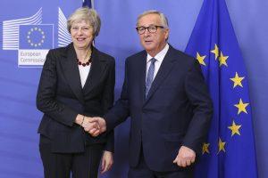 """Londonas ir Briuselis suderino deklaraciją dėl ryšių po """"Brexit"""""""