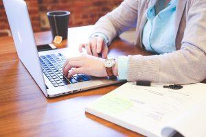 Kuo naudingos nuotolinio darbo sutartys?