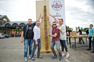 Kaune pasiektas rekordas: pagamintas aukščiausias mėsainis šalyje