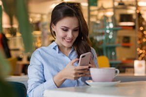 Tyrimas atskleidė: be išmaniojo telefono – nė iš vietos