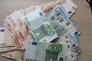 Gryniesiems pinigams vėl planuojamas apynasris