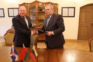 Baltarusiai tiesia bendradarbiavimo tiltus į Kauno rajoną