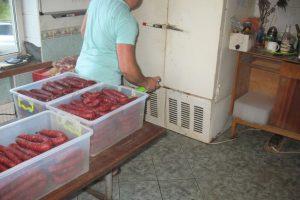 Lazdijų rajone uždarytas nelegalus mėsos perdirbimo cechas