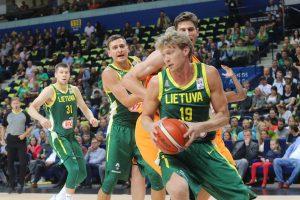 Lietuvos krepšininkai po dramatiškos kovos iškovojo kelialapį į pasaulio čempionatą